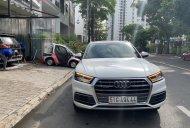 Chính chủ bán Audi Q5 2018, màu trắng, xe nhập giá 2 tỷ 200 tr tại Tp.HCM