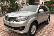 Bán Toyota Fortuner V năm sản xuất 2013, màu bạc, giá tốt giá 650 triệu tại Hà Nội