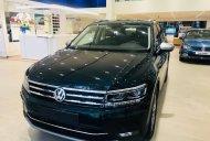 Bán Volkswagen Tiguan Allspace Luxury phiên bản đặc biệt. Xe vừa về đến VN giá 1 tỷ 849 tr tại Tp.HCM