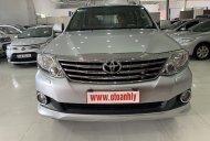 Cần bán Toyota Fortuner 2.7AT 2012, màu bạc, giá chỉ 635 triệu giá 635 triệu tại Phú Thọ