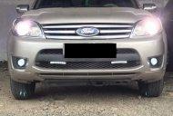 Bán xe Ford Escape 2009, xe gia đình sử dụng, đã vô 1 số đồ giá 375 triệu tại Tp.HCM