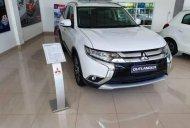 Cần bán xe Mitsubishi Outlander sản xuất 2019, màu trắng giá 808 triệu tại Đà Nẵng