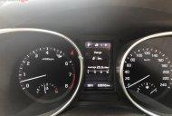 Bán xe Hyundai Santa Fe 2.4 full option, xăng, 4WD bản 2 cầu, xe ít đi, Sx 2016, Đk 2017 giá 939 triệu tại Tp.HCM