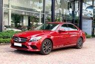 Cần bán gấp Mercedes C200 2019 màu Đỏ chạy lướt giá cực tốt giá 1 tỷ 459 tr tại Hà Nội