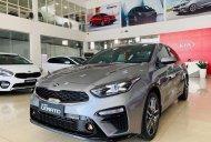 Kia Cerato 2019 Deluxe thanh toán 20% nhận xe ngay giá 615 triệu tại Tp.HCM
