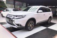 Cần bán xe Mitsubishi Outlander 2.0 CVT đời 2019, màu trắng, nhập khẩu, 807 triệu giá 807 triệu tại Quảng Nam