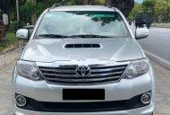 Cần bán gấp Toyota Fortuner đời 2014, màu bạc giá 718 triệu tại TT - Huế