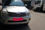 Cần bán xe Toyota Fortuner 2.7V 4x4 AT sản xuất 2009, màu bạc   giá 380 triệu tại Hà Nội