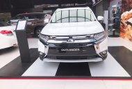 Bán xe Mitsubishi Outlander 2019, ưu đãi cực sốc giá 807 triệu tại Quảng Nam