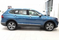 Hãy là người sở hữu dòng xe Volkswagen Tiguan 2019 với thiết kế khung gầm mới và nhiều tính năng an toàn.  giá 1729000 tỷ tại Tp.HCM