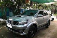Cần bán lại xe Toyota Fortuner năm sản xuất 2016, màu bạc số sàn giá 825 triệu tại Sóc Trăng