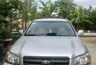 Cần bán lại xe Toyota Highlander năm sản xuất 2005, màu bạc chính chủ, giá chỉ 400 triệu giá 400 triệu tại Vĩnh Long