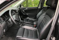 Bán Volkswagen Tiguan đời 2017, màu đen, nhập khẩu   giá 1 tỷ 435 tr tại Hà Nội
