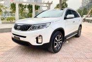 Cần bán xe Kia Sorento năm 2018, màu trắng xe nguyên bản giá 890 triệu tại Hà Nội
