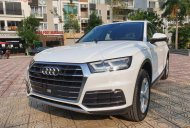 Bán Audi Q5 2.0 AT năm 2017, màu trắng, nhập khẩu giá 2 tỷ 145 tr tại Hà Nội