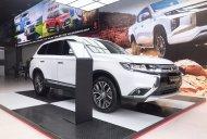 Bán xe Mitsubishi Outlander đời 2019, màu trắng giá 807 triệu tại Quảng Nam