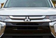 Cần bán Mitsubishi Outlander 2.0 CVT đời 2019, giá cạnh tranh giá 807 triệu tại Đà Nẵng
