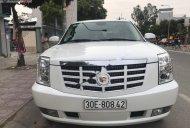 Cần bán gấp Cadillac Escalade đời 2007, màu trắng, xe nhập chính hãng giá 1 tỷ 150 tr tại Tp.HCM