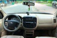 Cần bán Ford Escape năm 2004, màu đen giá cạnh tranh xe còn mới lắm giá 198 triệu tại Tp.HCM
