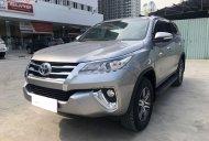 Cần bán lại xe Toyota Fortuner năm 2017, màu bạc, nhập khẩu nguyên chiếc số tự động giá 1 tỷ tại Tp.HCM