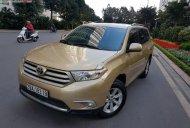 Bán Toyota Highlander năm sản xuất 2011, màu vàng, nhập khẩu chính chủ giá 955 triệu tại Hà Nội
