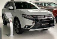 Mitsubishi Phương Nguyên - Giảm giá sốc cuối năm - tặng phụ kiện chính hãng khi mua Mitsubishi Outlander 2019, màu trắng giá 807 triệu tại Tp.HCM