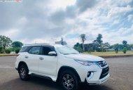 Bán ô tô Toyota Fortuner 2.7V 4x2 AT sản xuất năm 2017, màu trắng, nhập khẩu nguyên chiếc giá 950 triệu tại Đắk Lắk