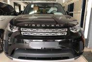 Bán ô tô LandRover Discovery HSE đời 2019, màu đen, nhập khẩu nguyên chiếc giá 4 tỷ 999 tr tại Tp.HCM