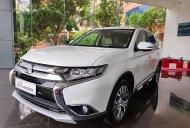 Bán xe Mitsubishi Outlander 2.0 CVT 2019, màu trắng, giá cạnh tranh giá 807 triệu tại Hà Nội