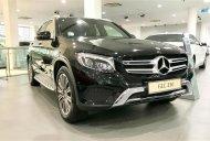 Bán nhanh đón tết chiếc xe Mercedes-Benz GLC 250, sản xuất 2019, giá cạnh tranh, giao tận nhà giá 1 tỷ 989 tr tại Tp.HCM