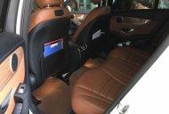 Bán Mercedes GLC250 4Matic đời 2017, màu trắng giá 1 tỷ 650 tr tại Hà Nội