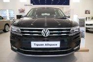 Hỗ trợ giao xe tận nhà - Khi mua Volkswagen Tiguan Allspace sản xuất 2018, màu trắng giá 1 tỷ 729 tr tại Tp.HCM