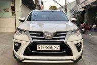 Bán Toyota Fortuner 2.4G 4x2 MT năm 2017, màu trắng, nhập khẩu giá 875 triệu tại Tp.HCM