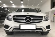 Bán Mercrdes GLC250 màu trắng sản xuất 2018, đăng ký tên cá nhân giá 1 tỷ 680 tr tại Hà Nội