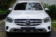 Cần bán Mercedes GLC 200 4Matic đời 2020, màu trắng giá 2 tỷ 39 tr tại Tp.HCM