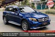 Cần bán xe Mercedes GLC 300 4matic sản xuất năm 2017, màu xanh lam giá 1 tỷ 689 tr tại Tp.HCM