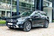 Bán xe với giá Mercedes-Benz GLC 200, sản xuất 2020, màu đen, biển đẹp, xe còn mới giá 1 tỷ 750 tr tại Hà Nội