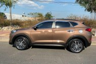 Cần bán xe Hyundai Tucson đời 2015, màu nâu, nhập khẩu   giá 700 triệu tại Kon Tum