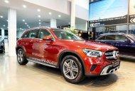 Bán xe siêu lướt với chiếc Mercedes-Benz GLC200, sản xuất 2020, màu đỏ, giao nhanh giá 1 tỷ 745 tr tại Hà Nội