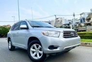 Bán nhanh chiếc Toyota Highlander 3.5 đời 2009, nhập khẩu nguyên chiếc, giá thấp giá 625 triệu tại Tp.HCM