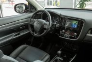 Bán xe Mitsubishi Outlander sản xuất 2020, màu đỏ, 950 triệu giá 950 triệu tại Thanh Hóa