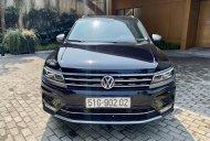Bán Volkswagen Tiguan đời 2018, màu đen, xe mới đi giá 1 tỷ 485 tr tại Hà Nội