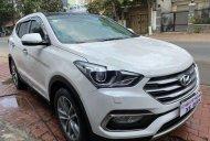 Bán Hyundai Santa Fe năm 2018, màu trắng còn mới, 950tr giá 950 triệu tại Bình Dương