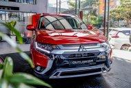 Khuyến mãi lớn - Giao xe ngay - Quà liền tay giá 825 triệu tại Quảng Nam