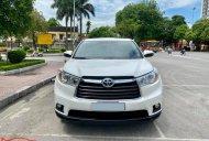 Cần bán gấp Toyota Highlander LE 2.7L đời 2015, màu trắng, nhập khẩu nguyên chiếc, ít sử dụng giá 1 tỷ 380 tr tại Hà Nội