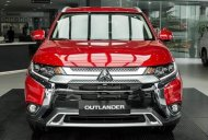 Bán xe Mitsubishi Outlander 2.0 CVT Premium năm 2020, màu đỏ giá 950 triệu tại Nghệ An