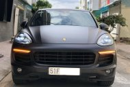 Cần bán xe Porsche Cayenne Turbo model 2015 giá 2 tỷ 950 tr tại Tp.HCM