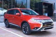 Cần bán Mitsubishi Outlander AT đời 2020, màu đỏ, giá tốt giá 825 triệu tại Kon Tum